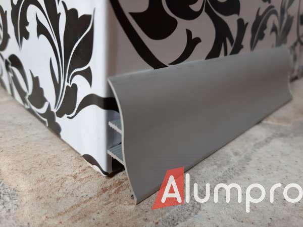 Плінтус алюмінієвий для стільниць